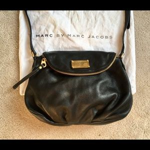 Marc by Marc Jacobs Natasha Q black cross body bag